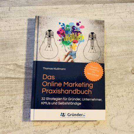 Das Online Marketing Praxishandbuch von der Vorderseite