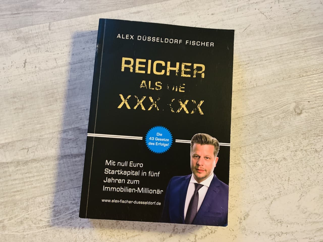 Reicher als die Geissens Alex Düsseldorf Fischer Cover