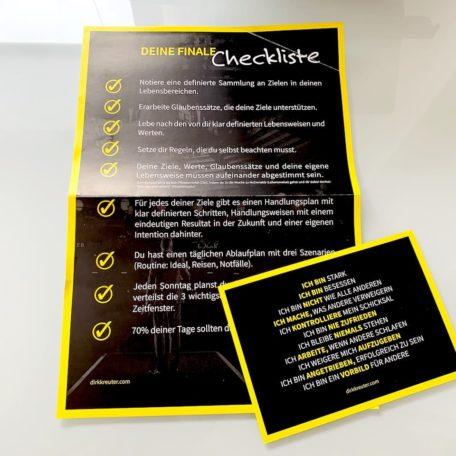 Zusätzlich bekommst du gratis eine finale Checkliste und Postkarte von Dirk Kreuter